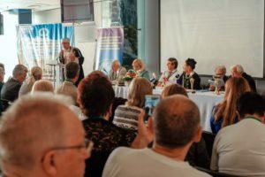 oJa5 HmWHIg 300x200 - 15 – 16 сентября 2018 состоялся XI Международный конгресс «Комплементарная Медицина и наука – настоящее и будущее России»